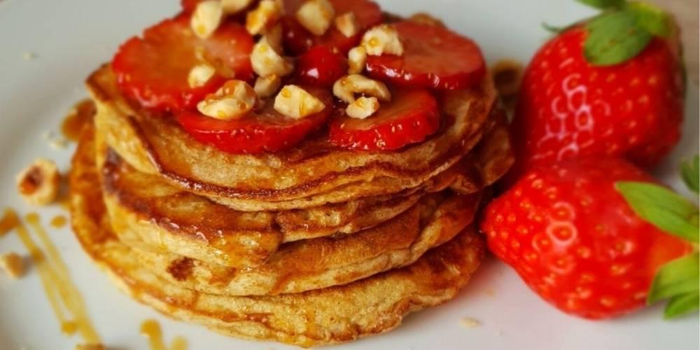 Tortitas de avena con fresas